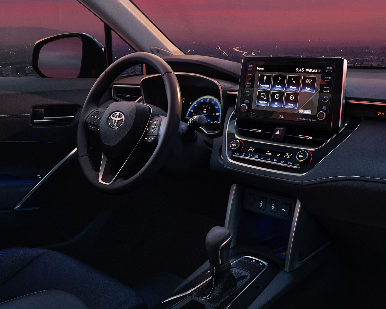 Corolla Cross XLE AWD Infotainment