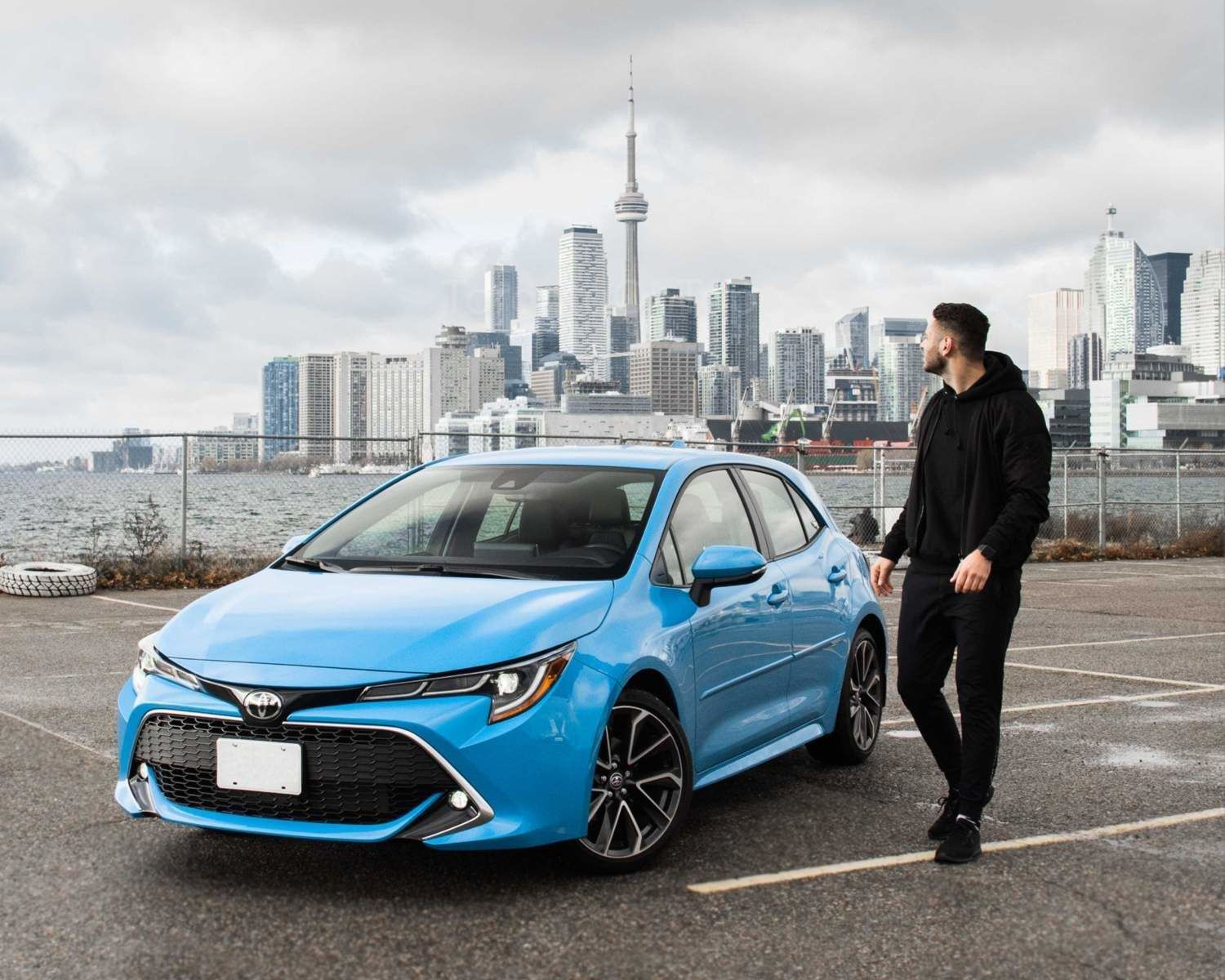 Corolla Hatchback XSE shown in Blue Flame