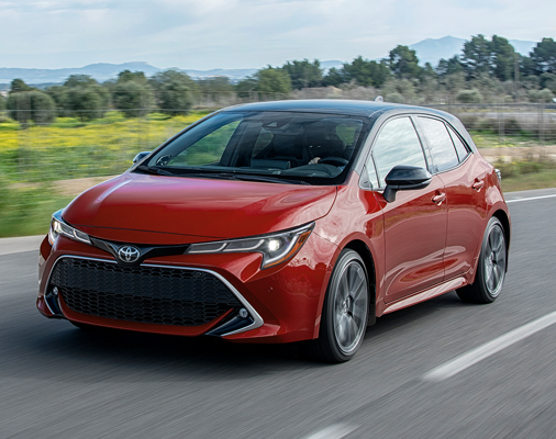 Corolla Hatchback XSE shown in Supersonic Red with Black Roof