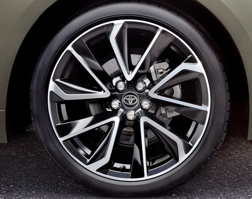 Roue de la Corolla Hatchback XSE