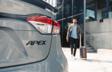La Corolla SE CVT édition Apex en Gris béton avec toit noir