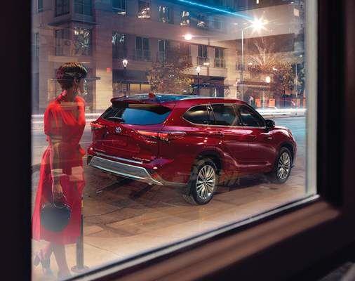 Highlander Platinum AWD couleur en Rouge rubis nacré