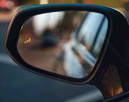 Highlander Side Mirror showing Blind Spot Monitor