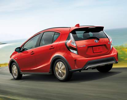 Prius c Technology package shown in Absolutely Red
