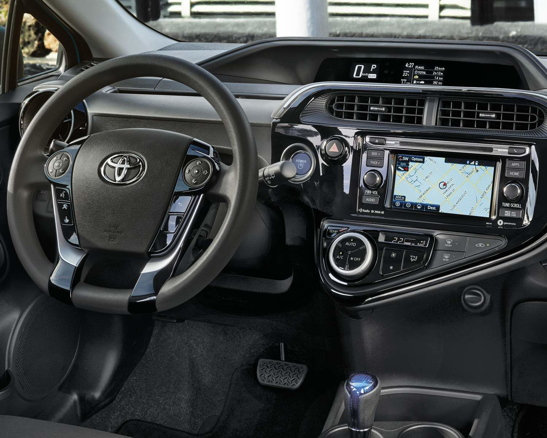 Tableau de bord de la Prius c