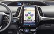 Prius Technologie AWD-e tableau de bord montré en SofTex noir