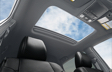 Intérieur du Tacoma Double Cab Nightshade avec toit ouvrant à commande assistée avec cuir noir