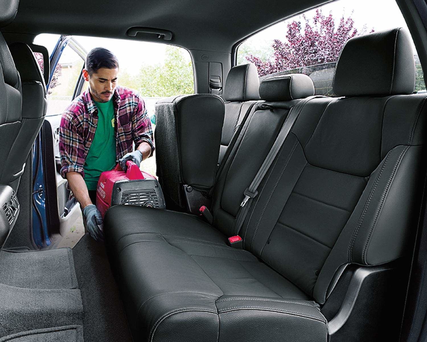 Tundra Available Split Fold-Up Rear Seats