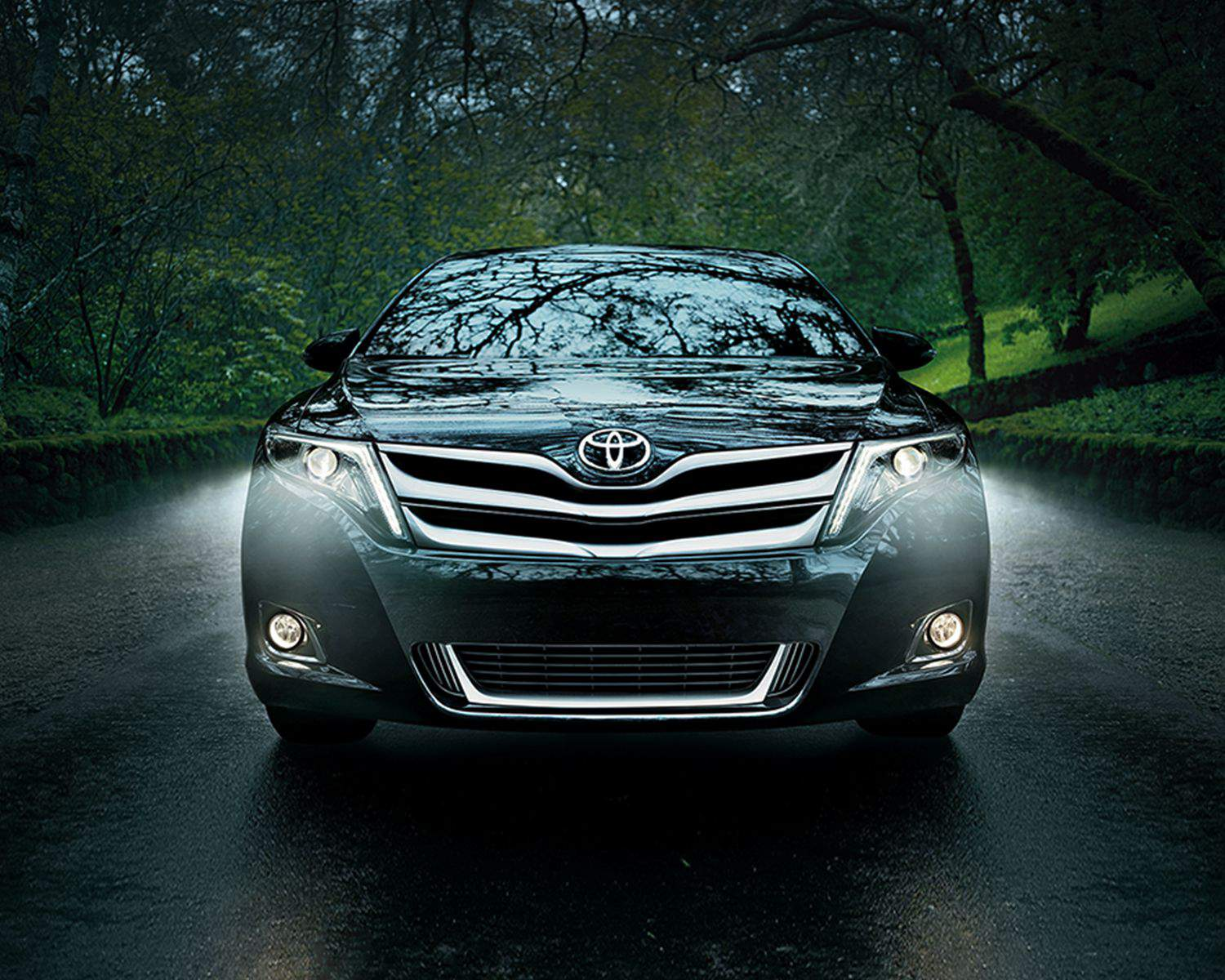 Venza features standard Automatic Headlamp System and Foglamps