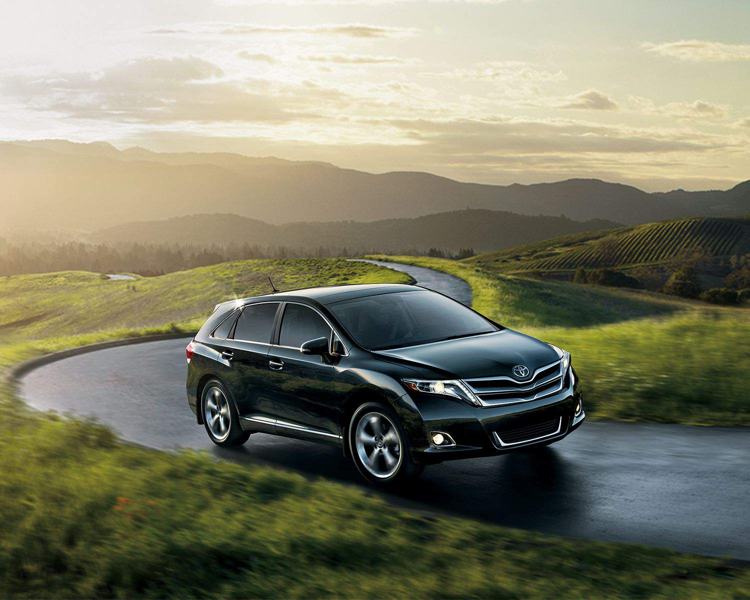 Venza V6 AWD shown in Midnight Black Metallic