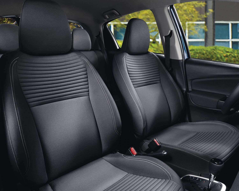 Sièges sport avant de la Yaris Hatchback 5 portes SE