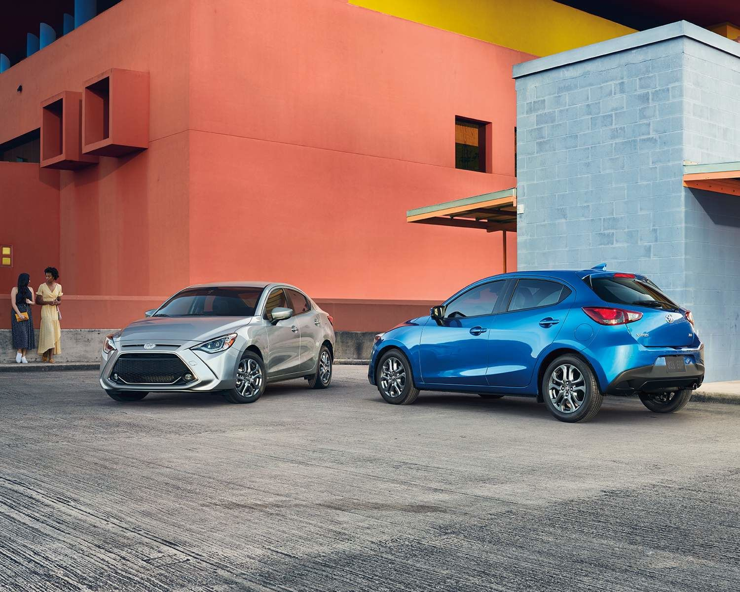 Yaris Hatchback XLE shown in Icicle and Sapphire