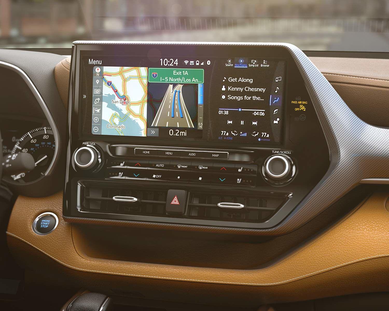 Toyota Highlander Multimedia Display