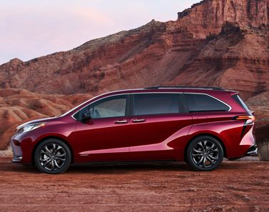 2021 Toyota Sienna XSE Exterior shown in Ruby Flare Pearl
