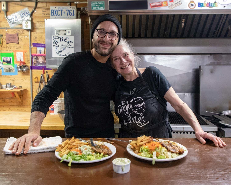 Michael et Kim à Yellowknife, dans les Territoires du Nord-Ouest