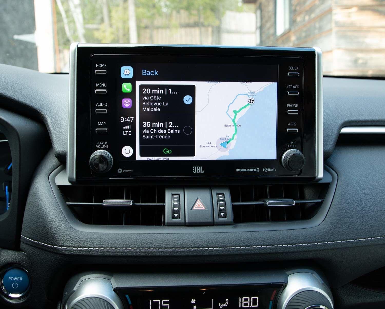 Écran tactile du RAV4 hybride Limited