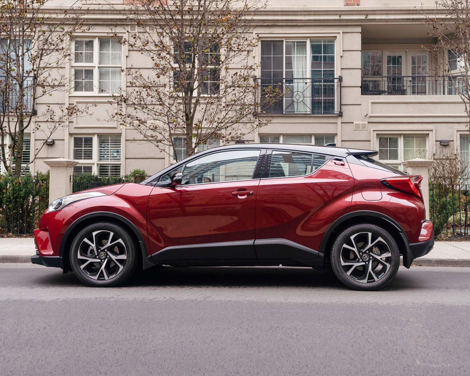 C-HR LE show in Ruby Flare Red
