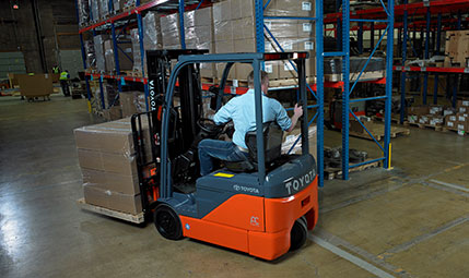 Forklift Pedestrian Safety Tips: Increase Awareness in Your