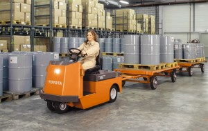 The Toyota Mid electric Tow Tractor makes towing product carts long distances througout the warehouse enjoyable and efficient