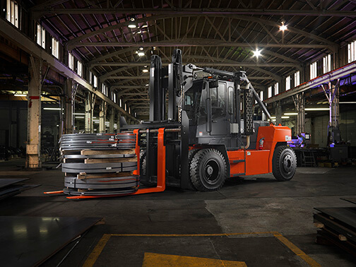 Understanding Forklift Lifting Capacities and Data Plates