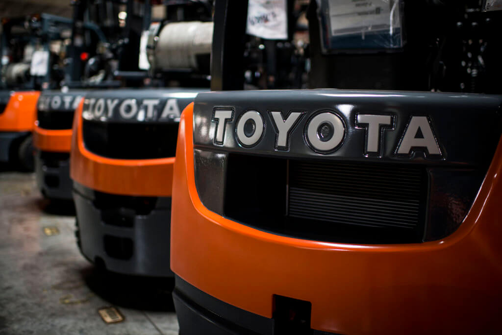 Types of Forklifts and Classes of Forklifts | Toyota Forklifts