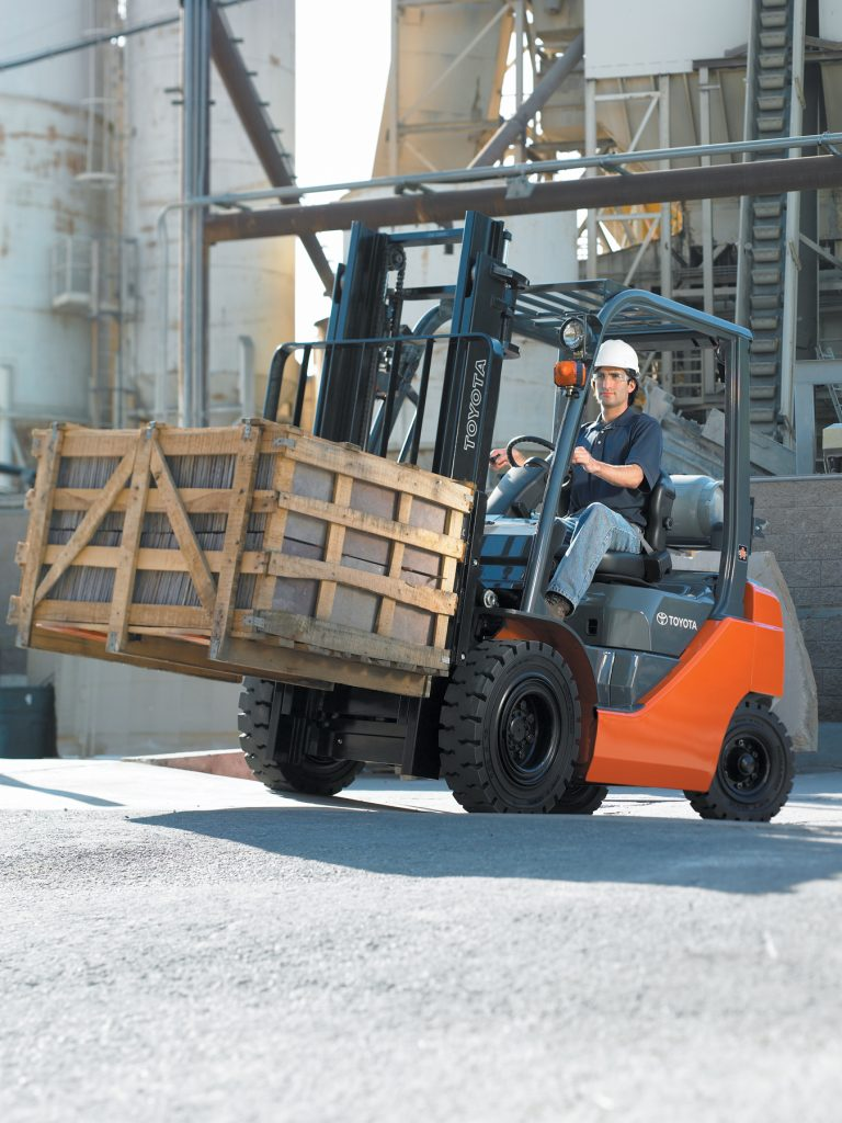 Safe Forklift Use on Ramps and Inclines