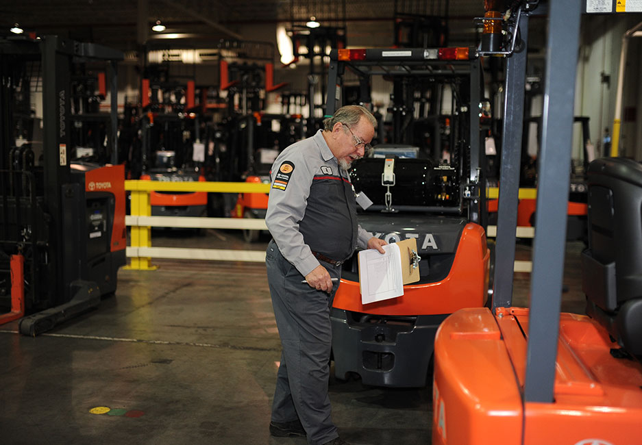 What Is A Forklift Data Plate And How Do I Read It Toyota