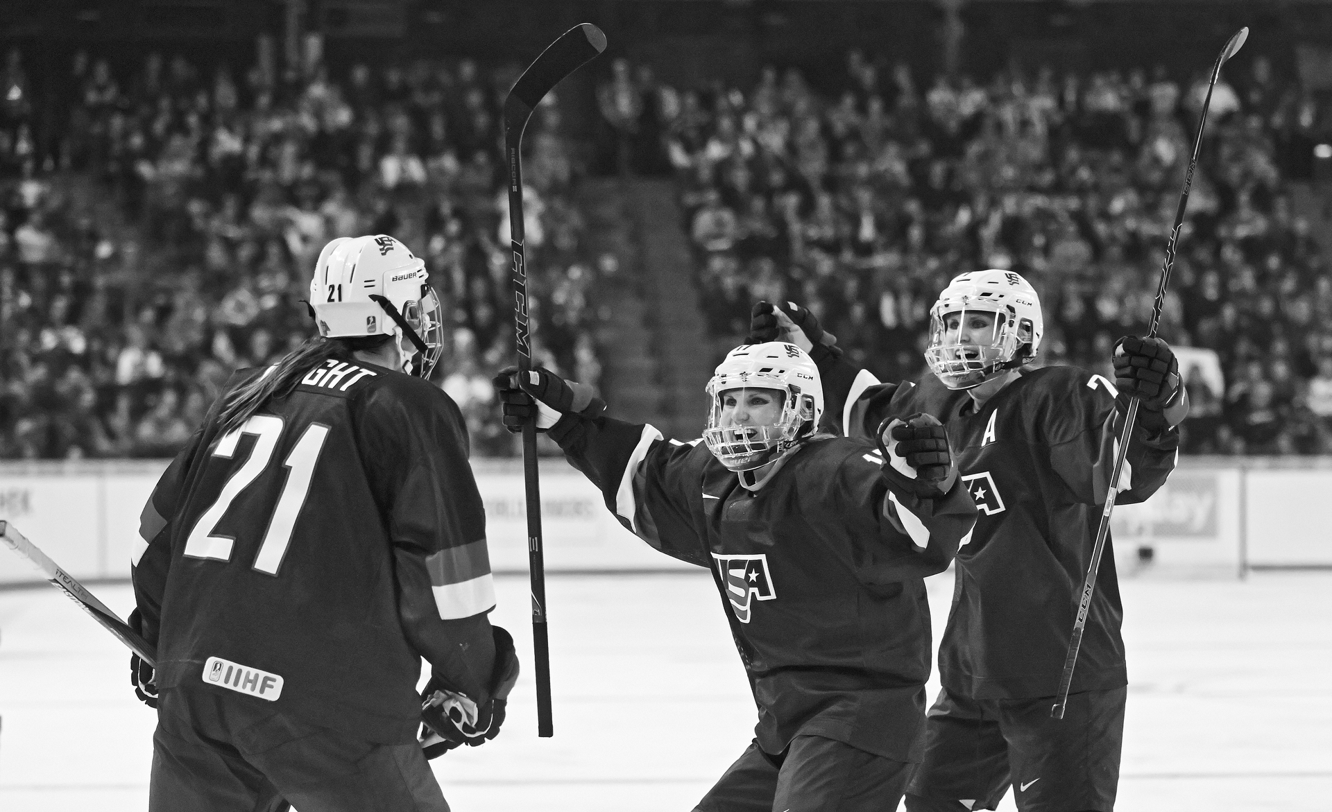 USA Women' Hockey (Photo by David E. Klutho/The Players' Tribune
