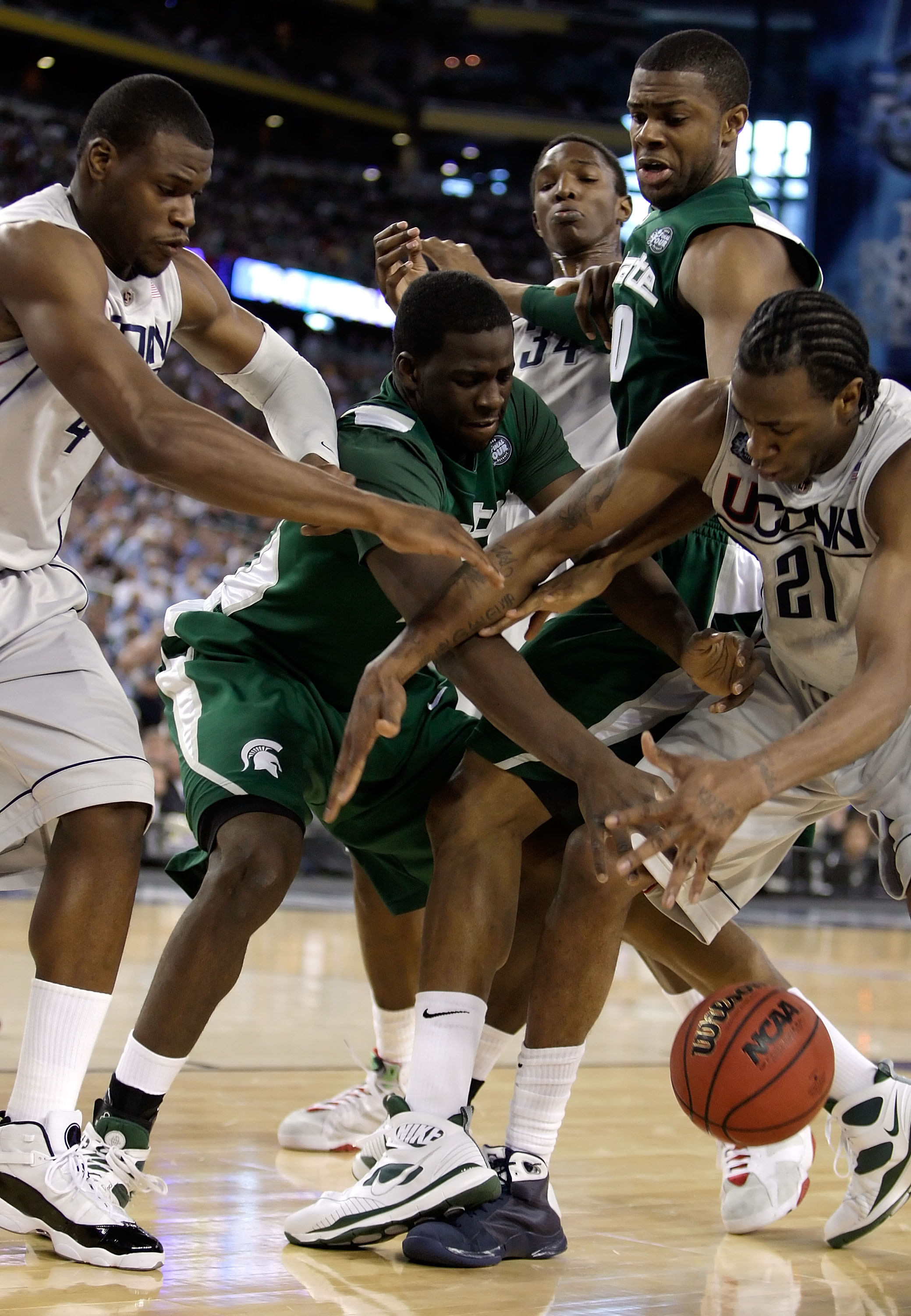NCAA Final Four: Michigan State Spartans v Connecticut Huskies