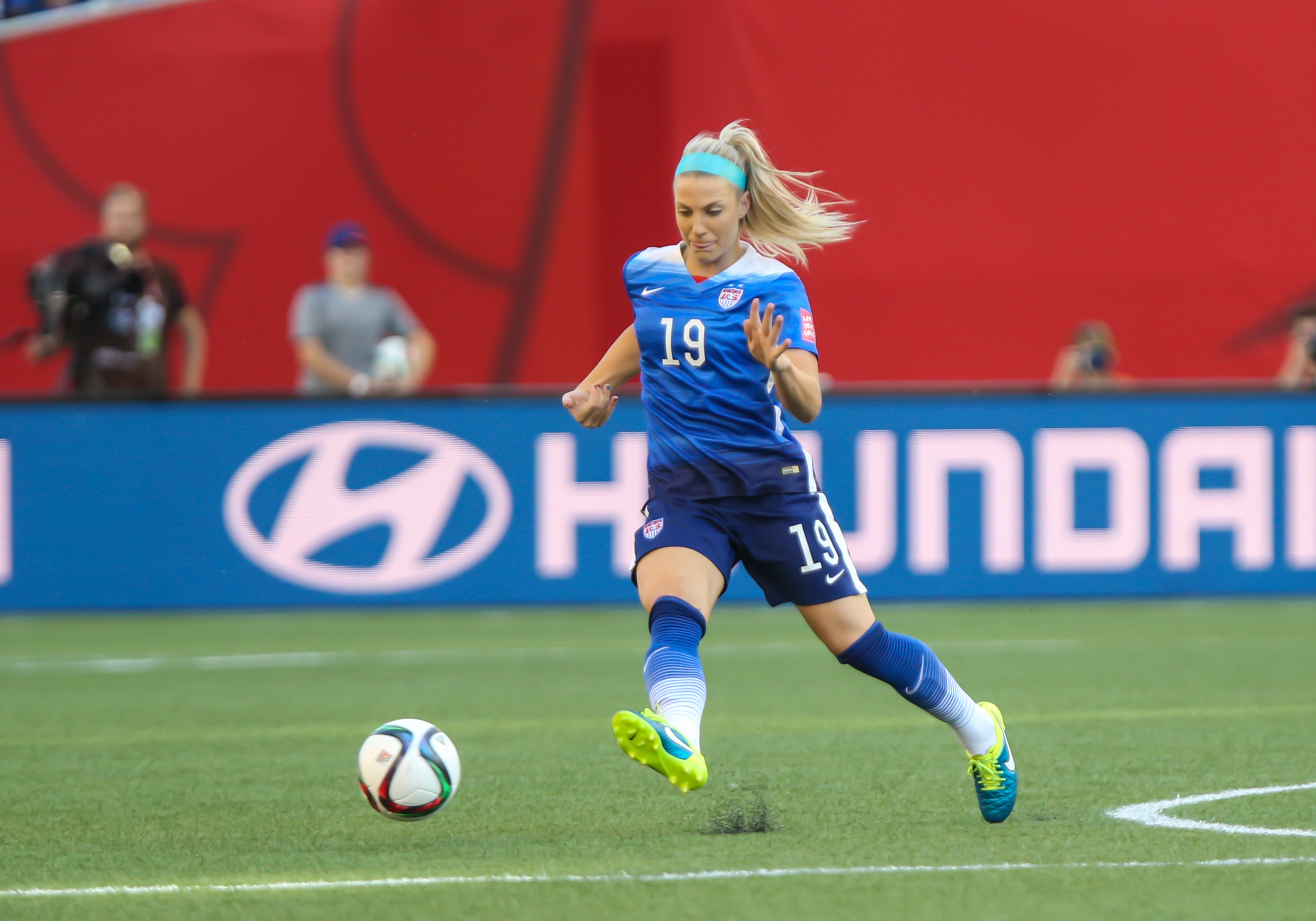 SOCCER: JUN 12 FIFA Women's World Cup - Group D - USA v Sweden