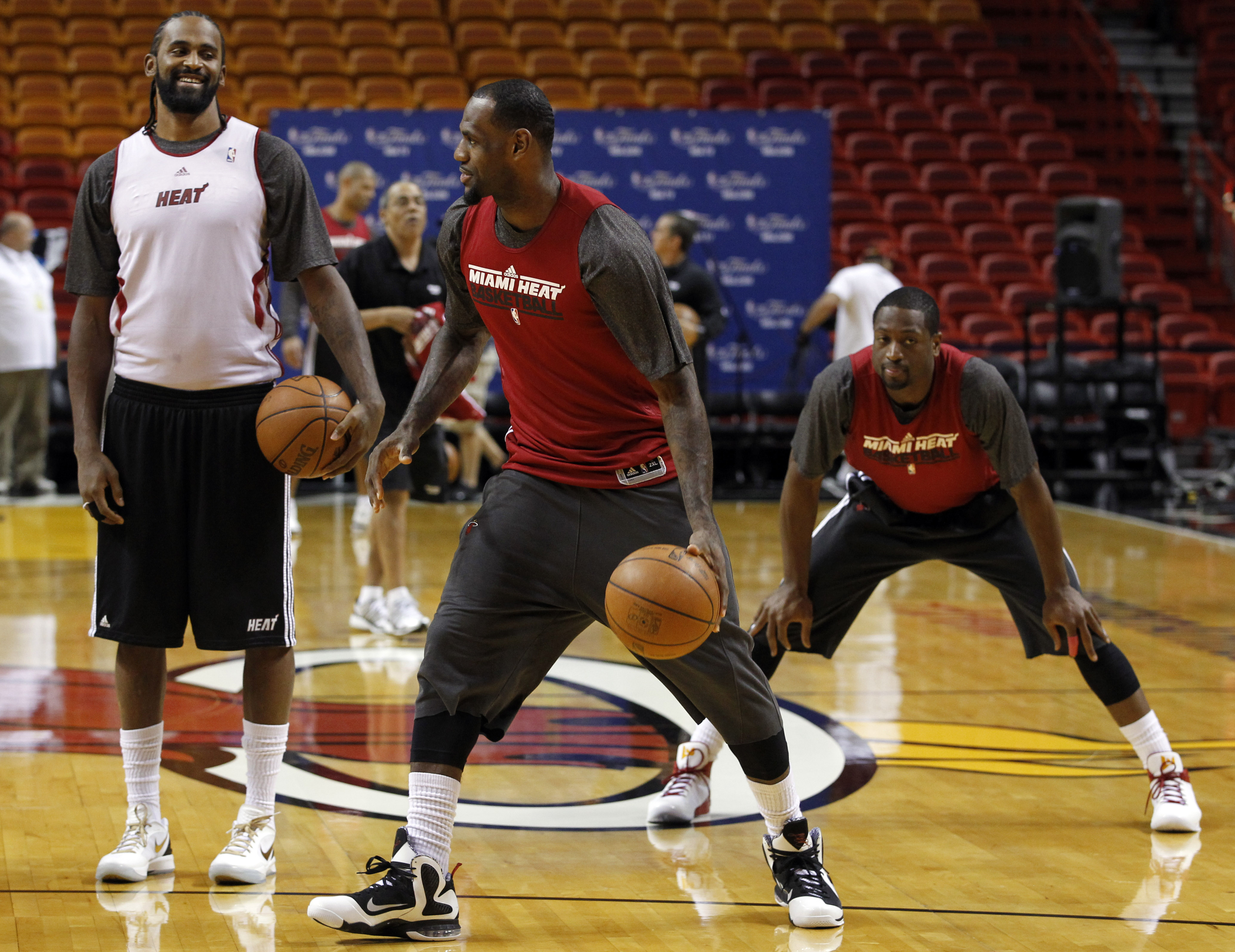 lebron james practice dunk wwwimgkidcom the image