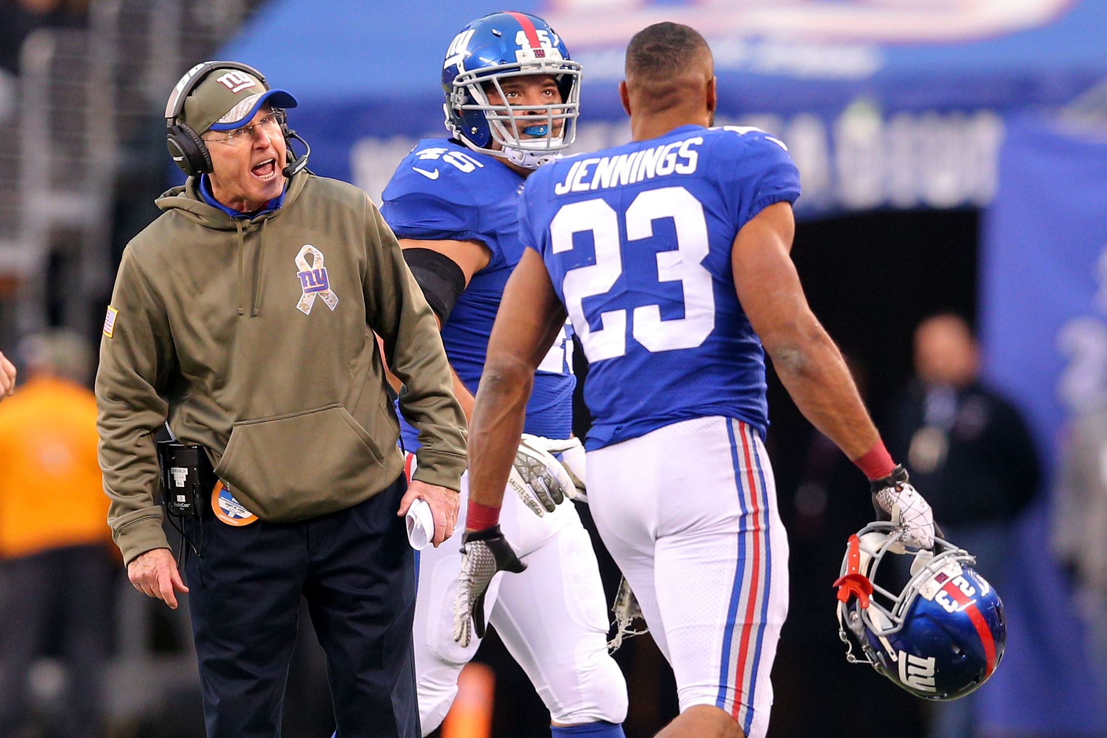 Nov 16, 2014; East Rutherford, NJ, USA; New York Giants head coach Tom Coughlin reacts after New York Giants running back Rashad Jennings (23) failed to convert a fourth-and-one against the San Francisco 49ers during the third quarter at MetLife Stadium. The 49ers defeated the Giants 16-10. Mandatory Credit: Brad Penner-USA TODAY Sports