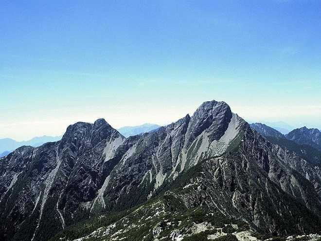 Mount Yu Shan Jade Mountain