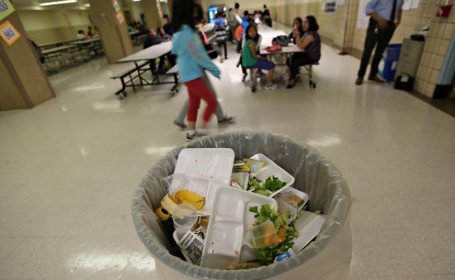 should students be able to leave school for lunch