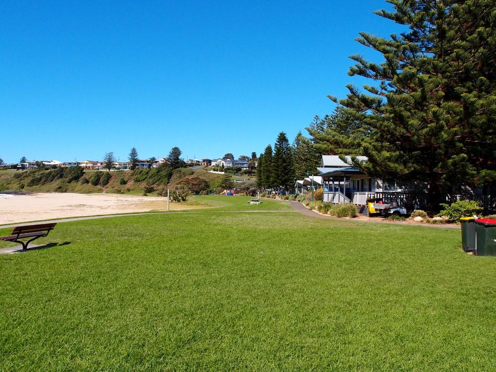 Kendalls Beach Holiday Park (Caravan Park)
