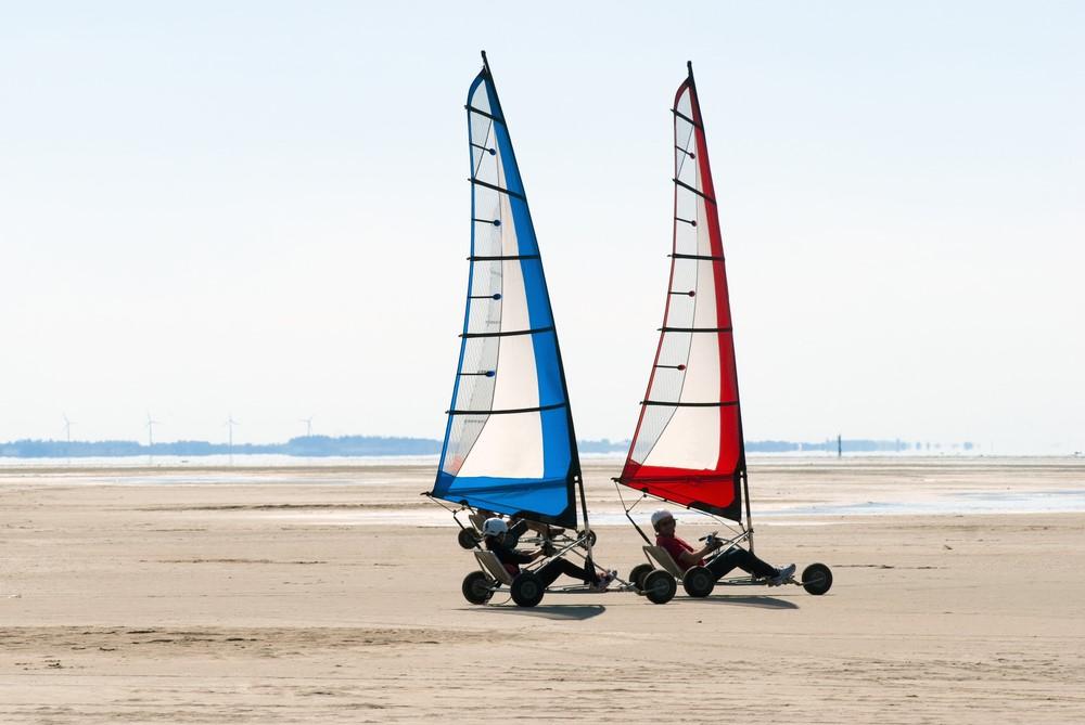 Land Sail