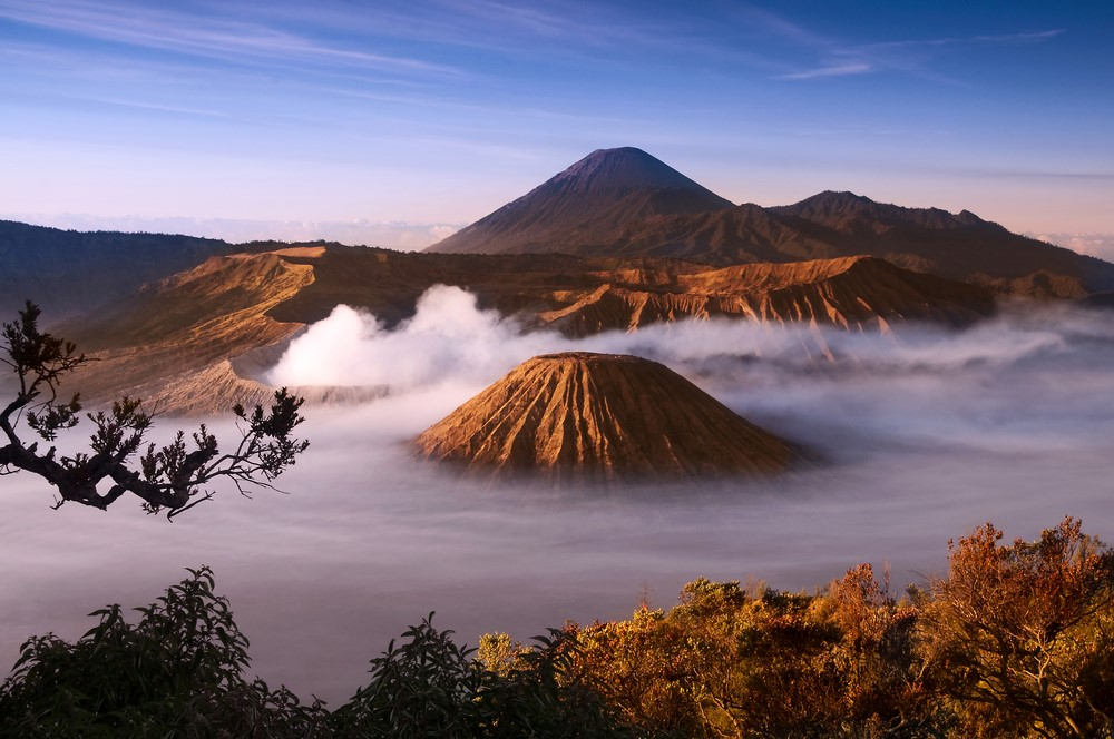 Mind-blowing volcanoes Mount Bromo and Mount Semeru, Indonesia