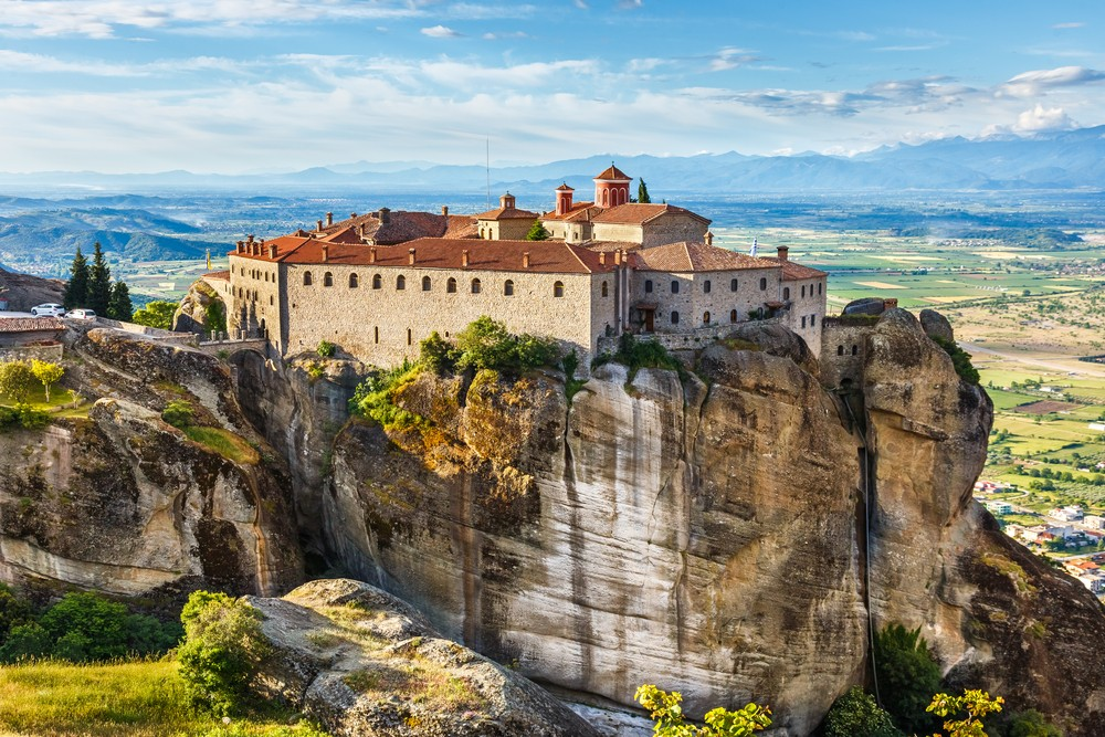 15 Must-See Places In Greece - Meteora