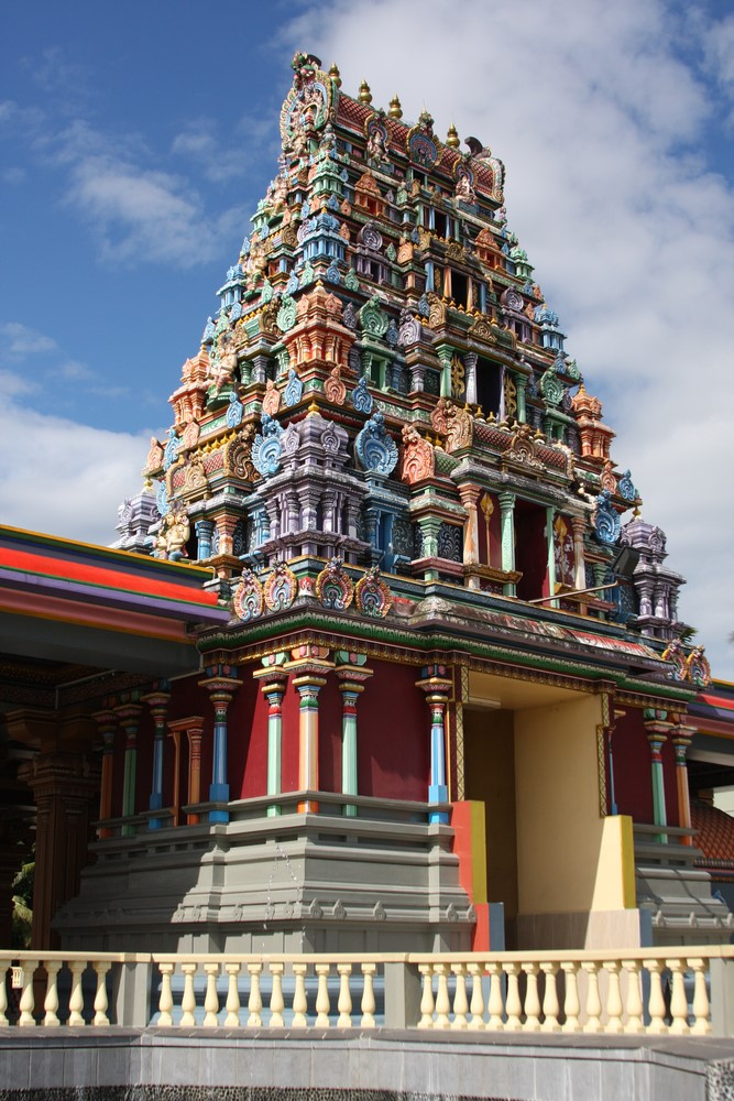 Things to do in Fiji Find peace in Sri Siva Subramaniya Temple