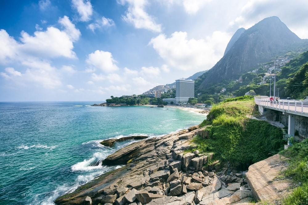 What to do in Rio de Janeiro Bike across the city