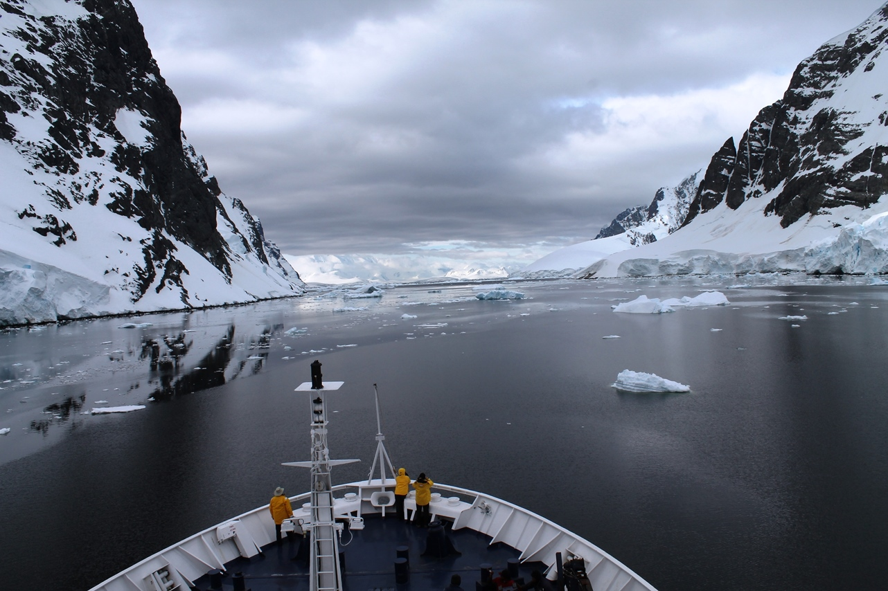 Exploring Antarctica with Quark Expeditions on the Ocean Diamond