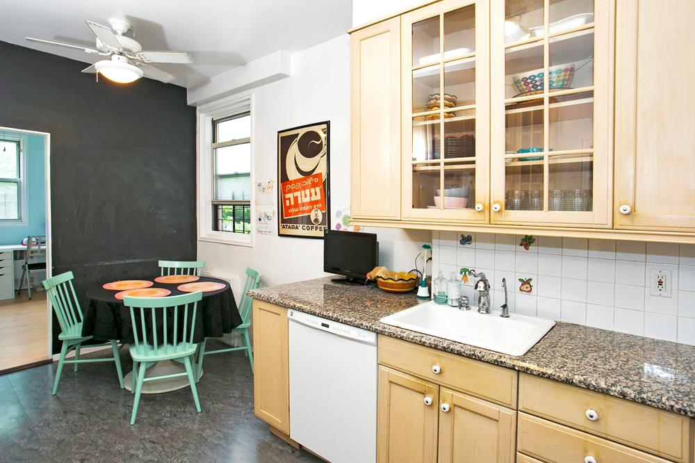 Spacious & Bright, Low-Floor 3-Bd. (Convertible 4-Bd.) Co-op w/ Balcony & 24-hr. Doormen at Parkway House