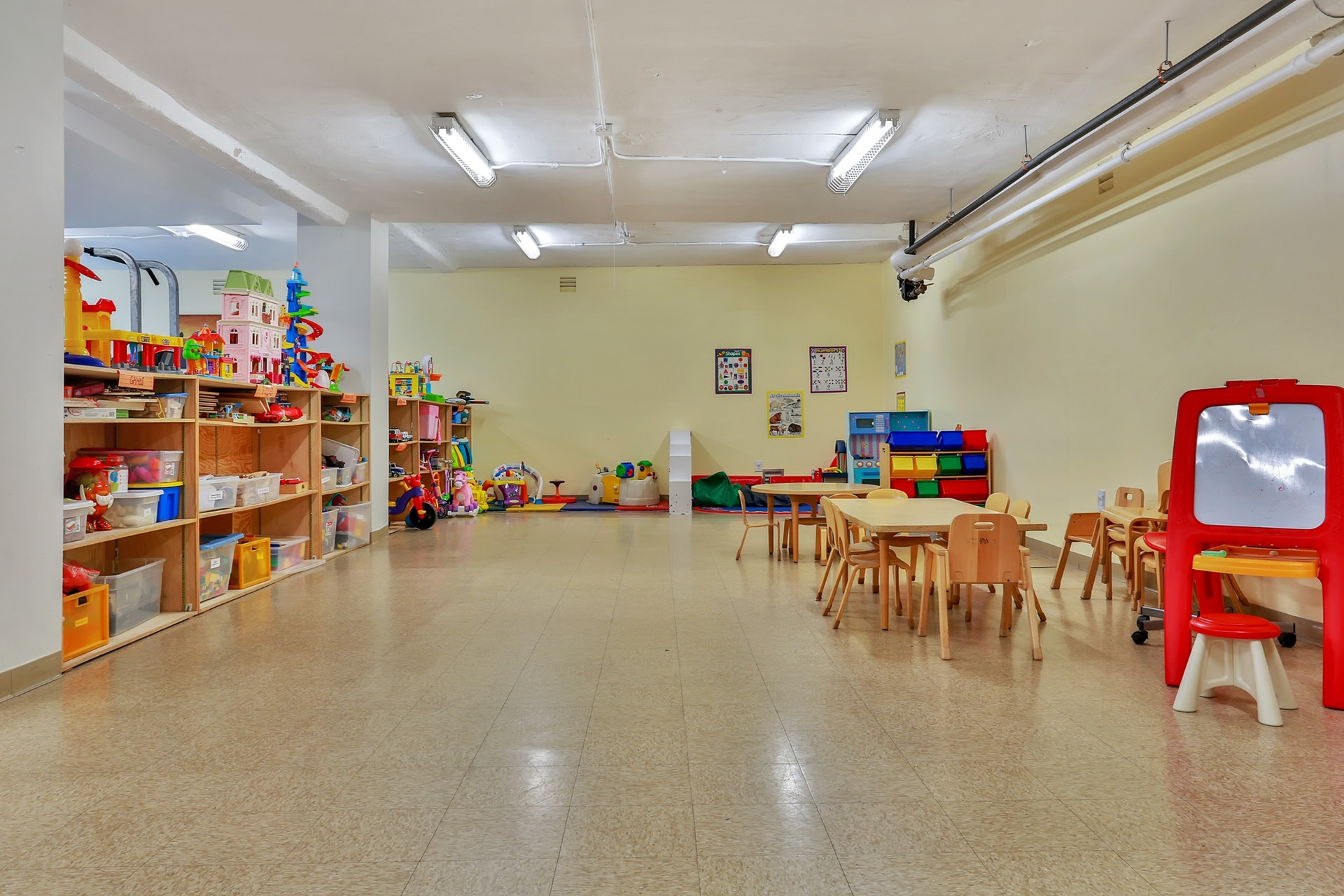 Charming & Updated Junior-4 Co-op