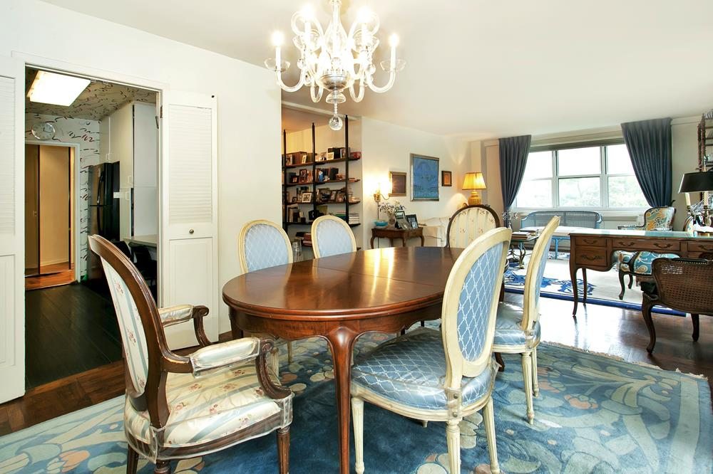 Spacious, Light-Filled, Low-Floor 3-Bd. Co-op w/ Balcony & Doormen at The Woodlands, Parking Available