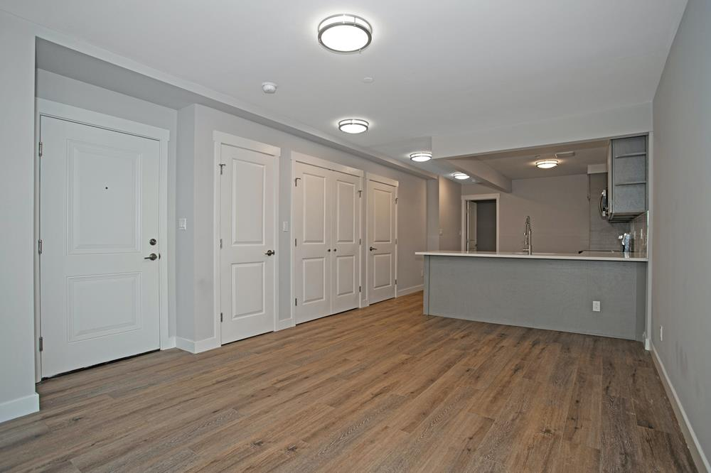 3-Family Townhouse w/ Private Driveway