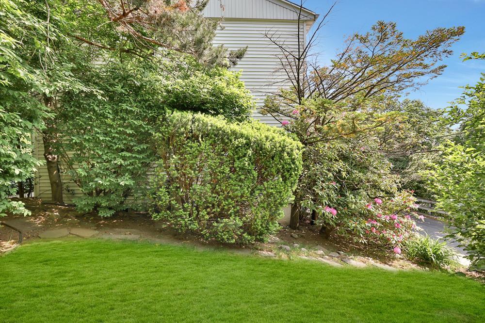 4-Bd. House w/ Rear Patio & Grassy Side Yard