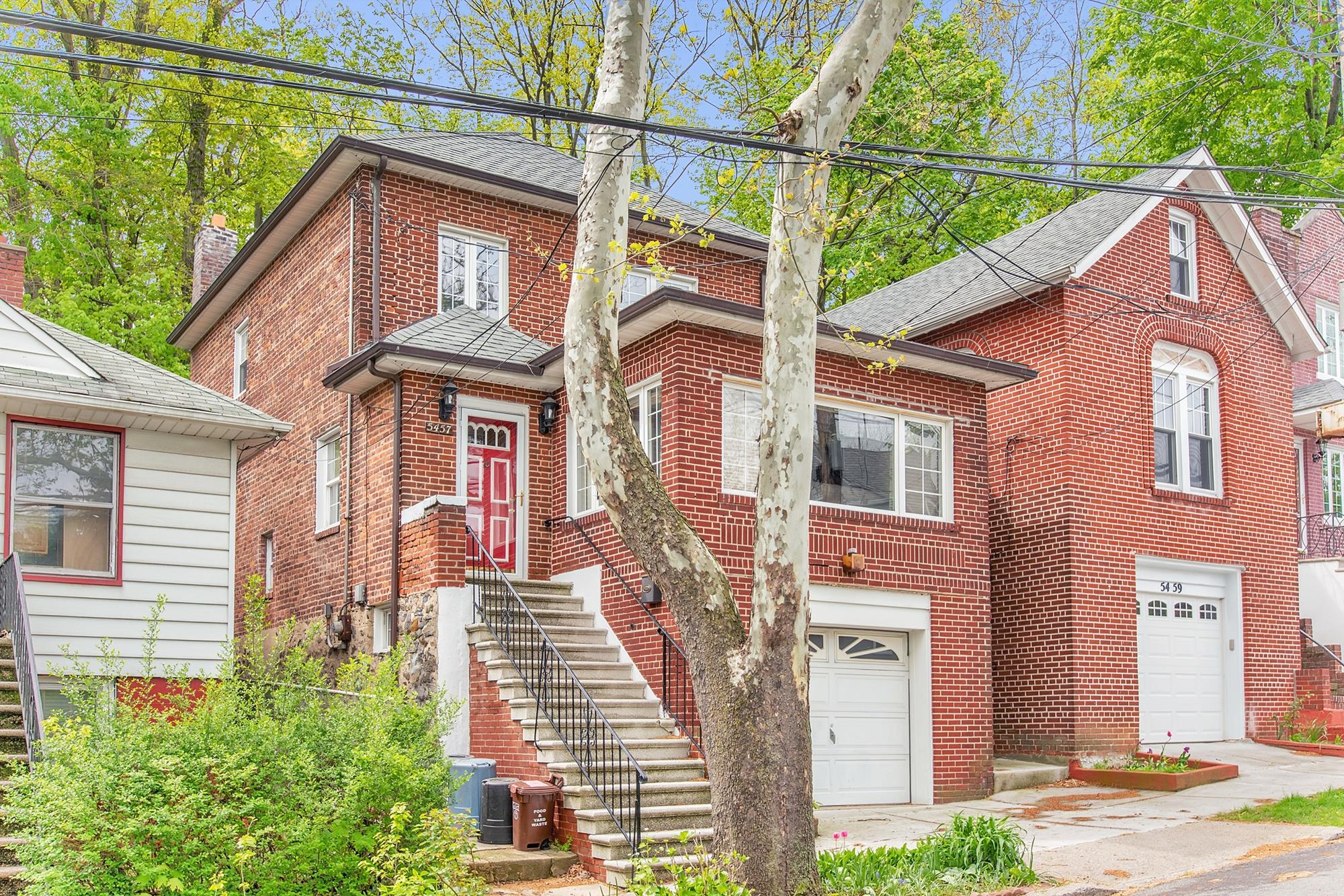 Updated 3-Bd. Brick House w/ Patio & Garden at 5457 Sylvan Avenue