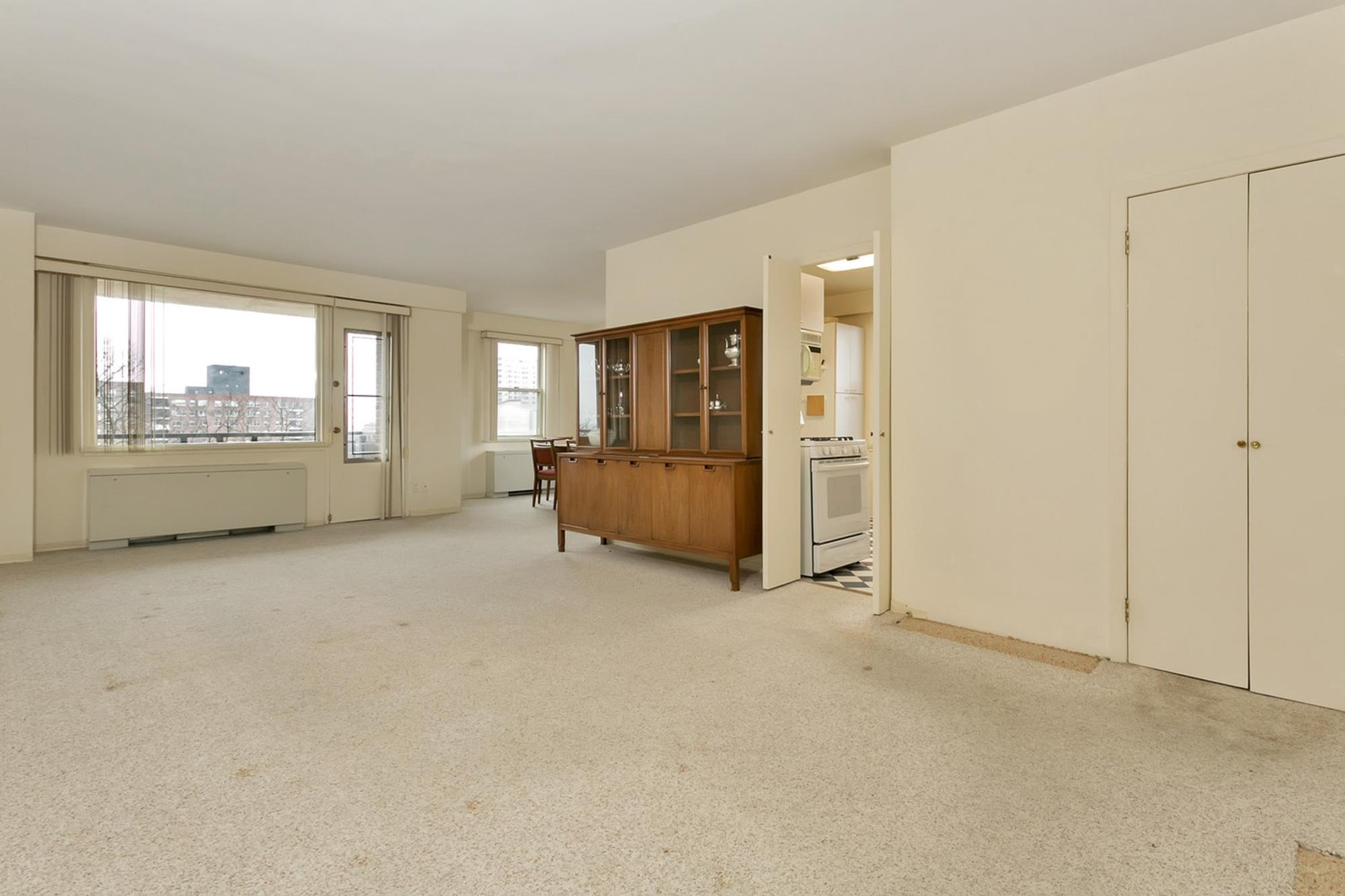 WEST OF PARKWAY: Luxury 3-Bd. Co-op w/ Hudson River View, Balcony, Parking, Doormen & Pool at 3777 Independence Ave.