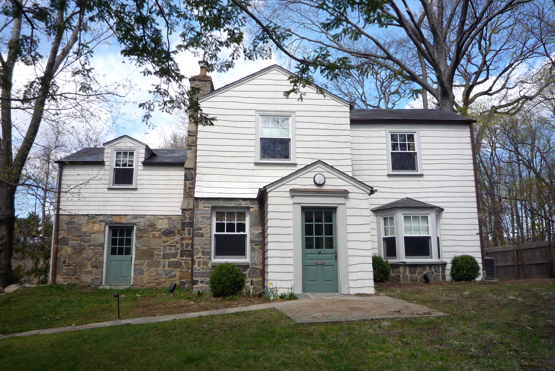 Renovated 4-Bd. Stone, Brick & Shingle House w/ Patio & Garden on Leafy Cul-de-Sac