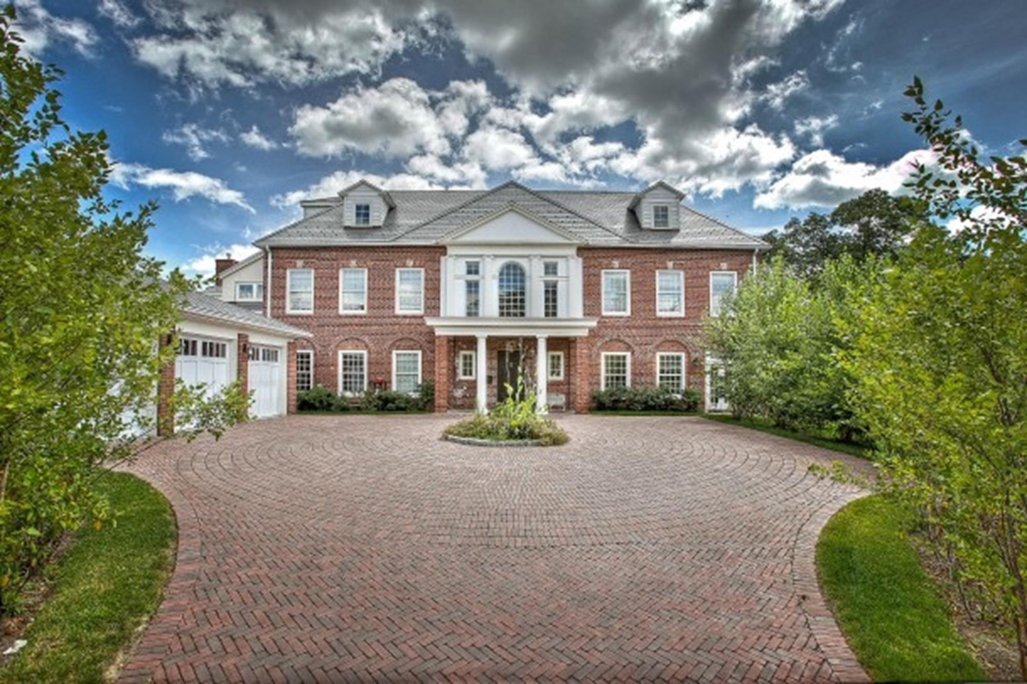 RIVERDALE MANSION:  Classic 7-Bedroom, 7.5-Bath, 9,400+ sq. ft., Georgian-style house in exclusive, private community.  Private outdoor swimming pool.  Attached 3-car garage. Exquisite details & luxurious amenities.